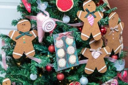 gingerbread man close up photo