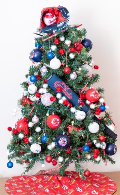 Picture of whole tree - Cardinals Fan decorations